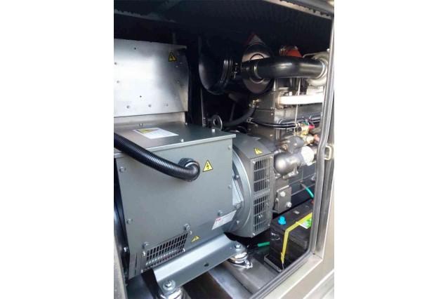 Дизельный генератор DE-22RS 15 кВт (нержавеющий металл)
